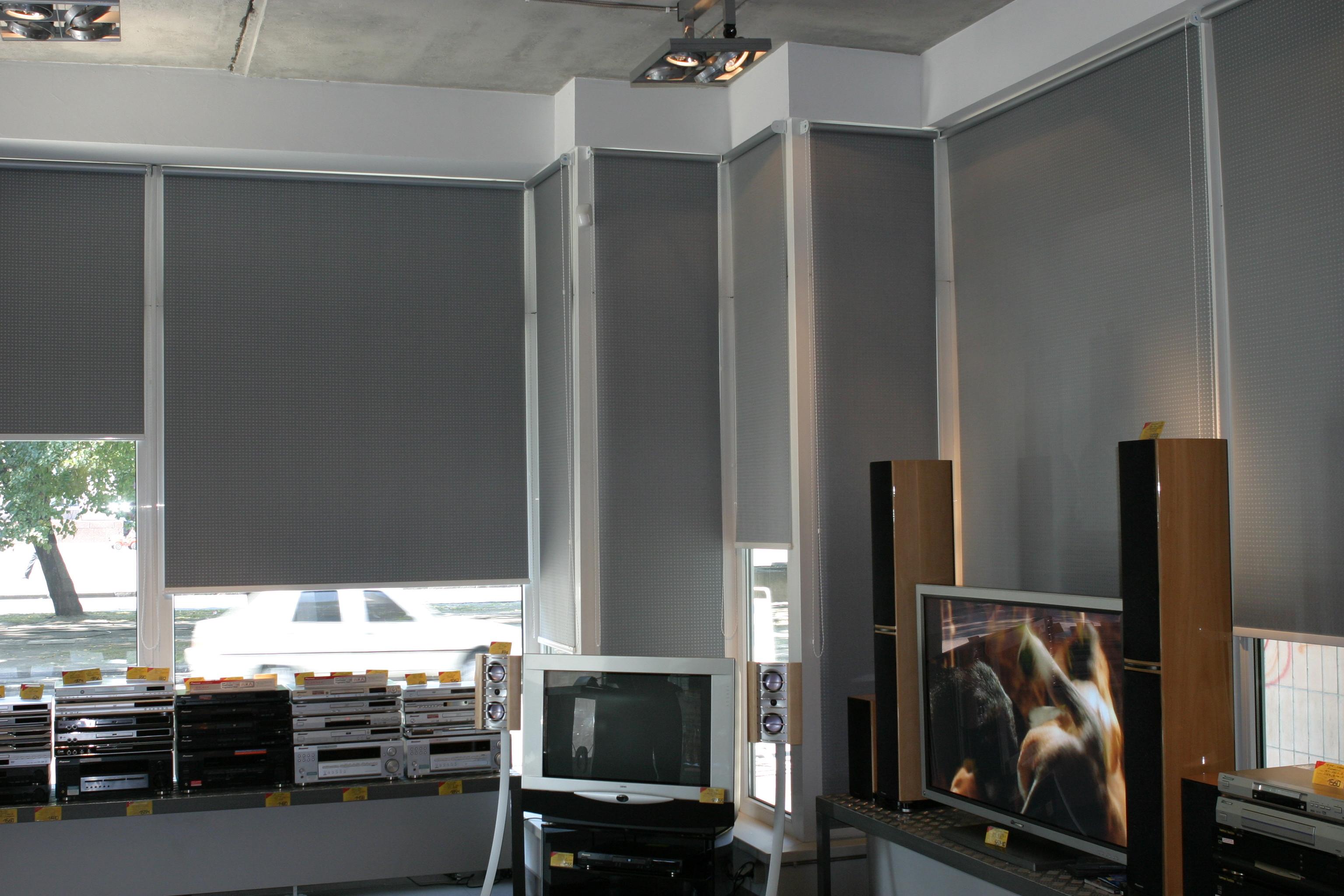 купить широкие рулонные шторы на большие окна Gng Group